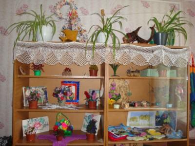Выставка   работ учащихся в общежитии